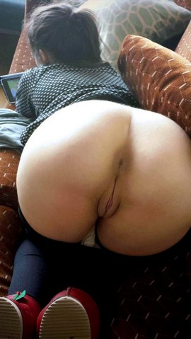 Amature naked round asses right! good