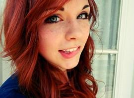 Blue Eyes + Redhead = Sexy as Hell.
