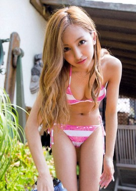 Coming up next on Red Flava is the second photo pack of Tomomi Itano's cute picture..